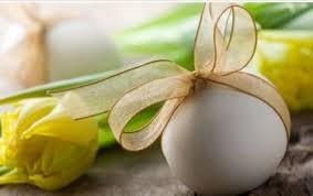 segnaposto uovo e fiori 1