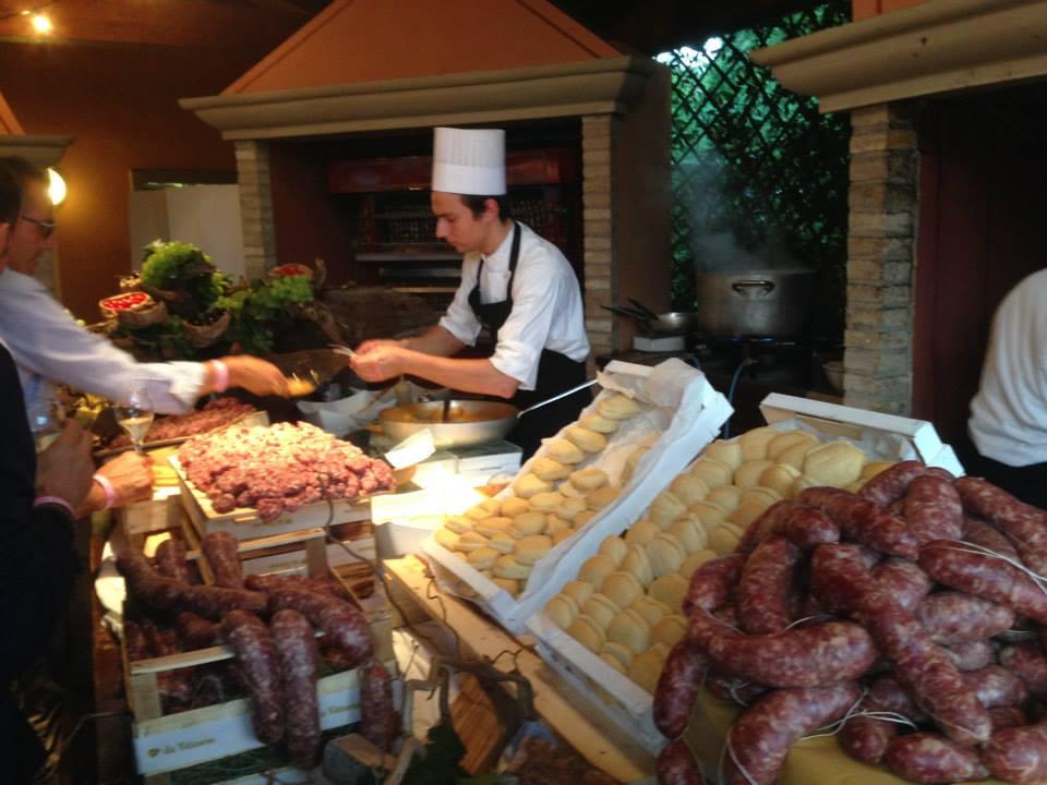 salamelle della Macelleria Magri all'evento Street food rist Da Vittorio