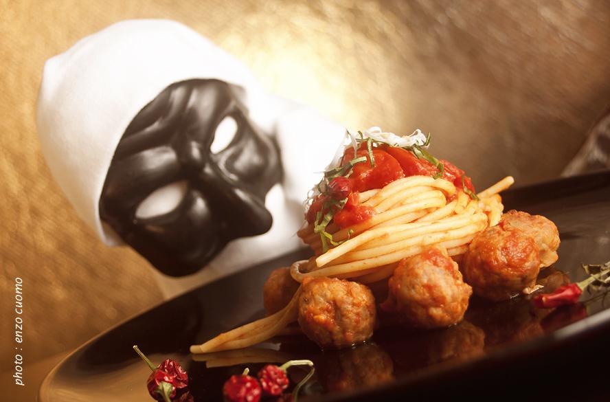 spaghetti-con-le-polpettine-di-carnevale